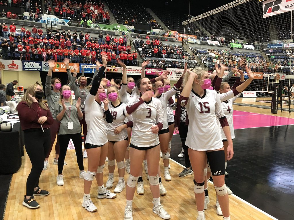 VB team waves to state crowd 1